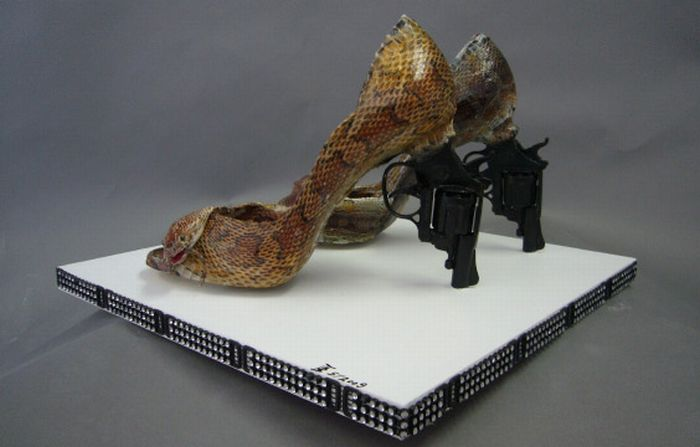 Gun Shoes (20 pics)