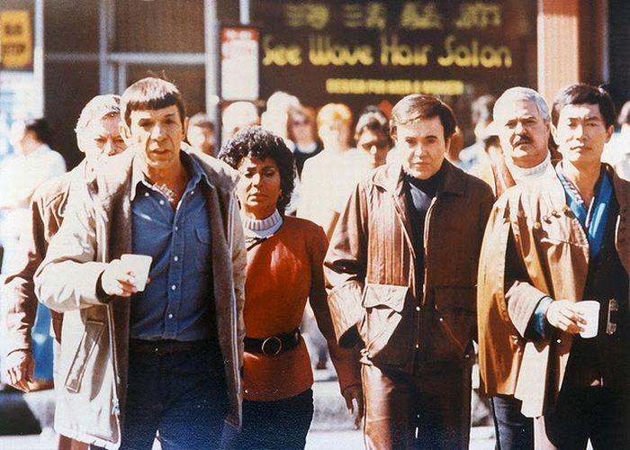 Behind the Scenes. Star Trek (121 pics)