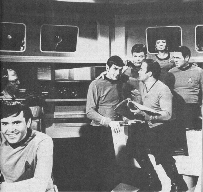 Behind the Scenes. Star Trek (121 pics)