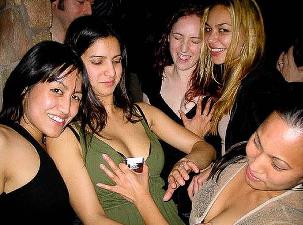 Girls Grabbing Boobs (95 pics)