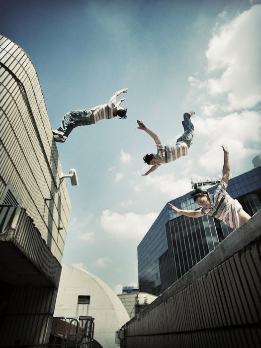 incredible parour photos 01 Incredible Parkour Photos image gallery