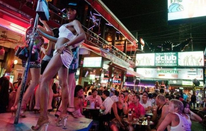 Red Light District in Patong (37 pics)