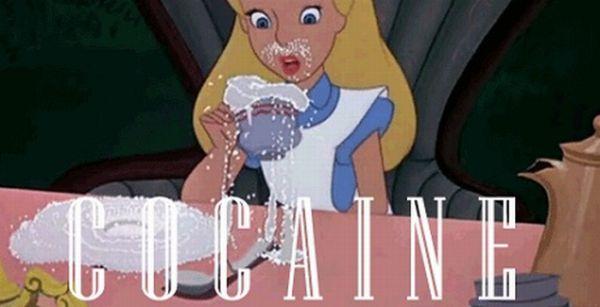 Alice in Wonderland on Drugs (9 gifs)
