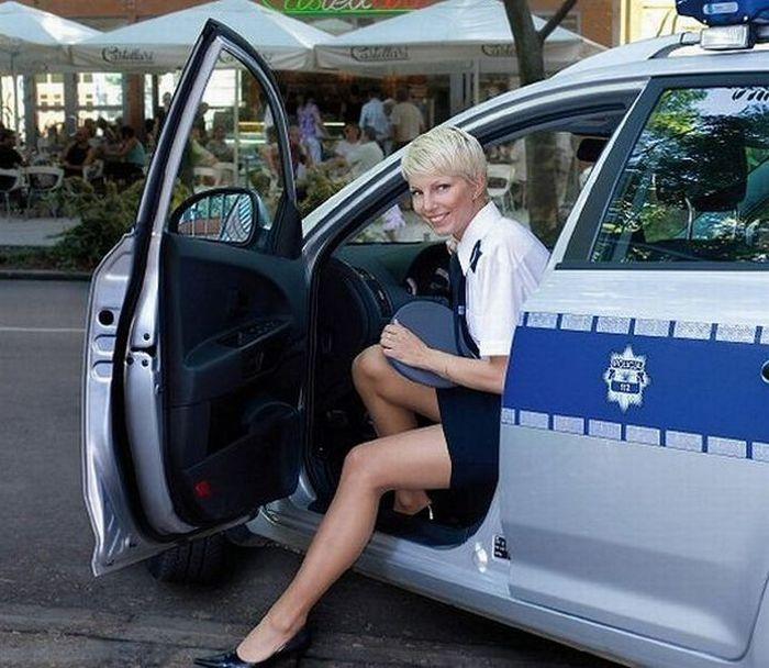 mujeres policias de el mundo new