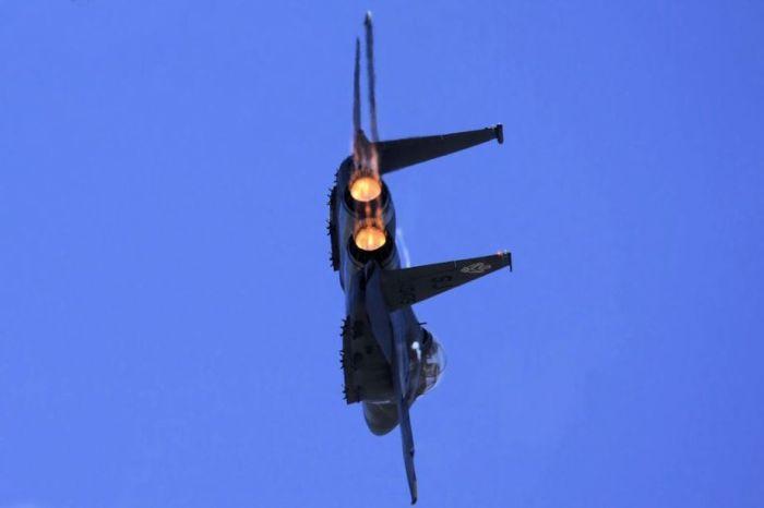 McDonnell Douglas F-15E Strike Eagle (29 pics)