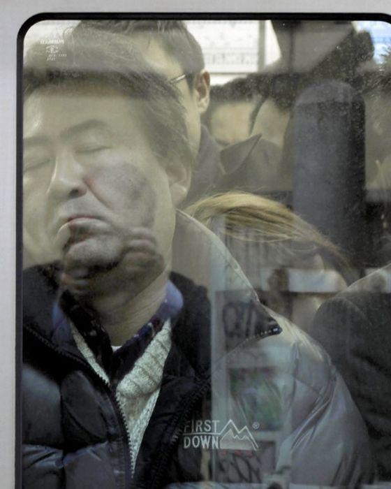 Tokyo Compression (10 pics)