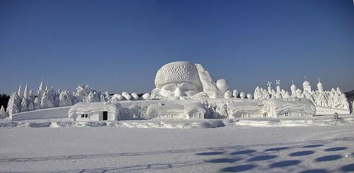 Amazing Snow Sculptures (53 pics)