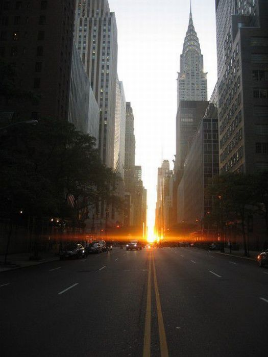 Manhattanhenge Miracle (30 pics)
