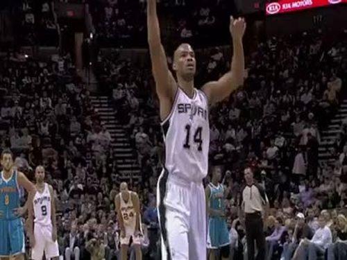 NBA Gary Neal Air Handshake Fail