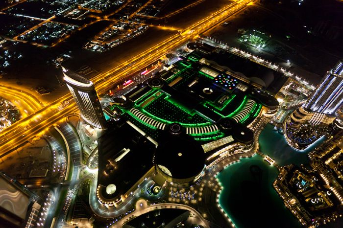 Dubai at Night (13 pics)
