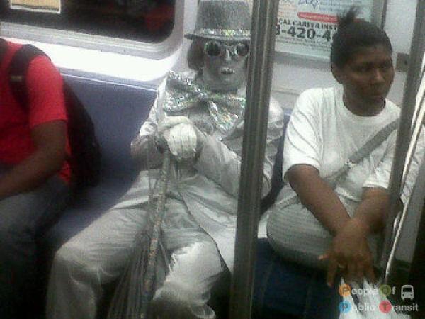 People in Subway. Part III (101 pics)