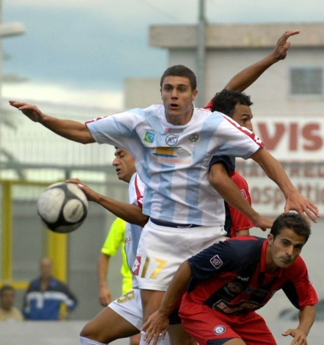 Collection of Interesting Soccer Photos (125 pics)