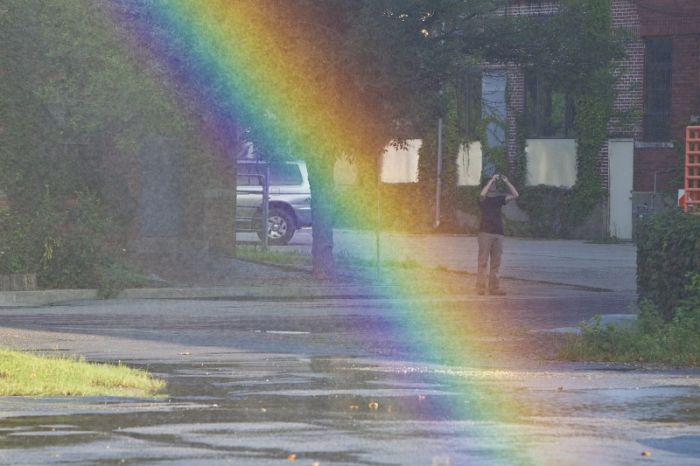 How to Create a Rainbow (12 pics)