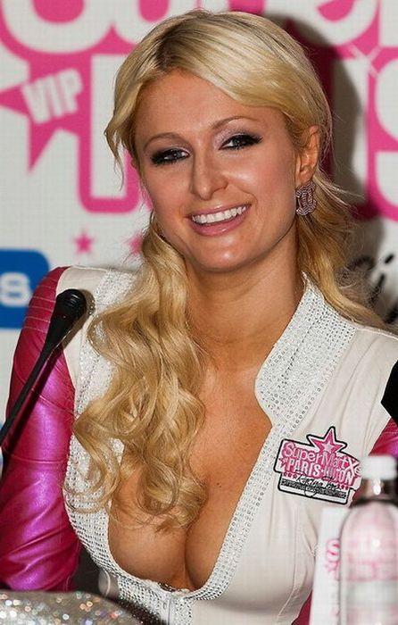 Paris Hilton Racing Team (10 pics)