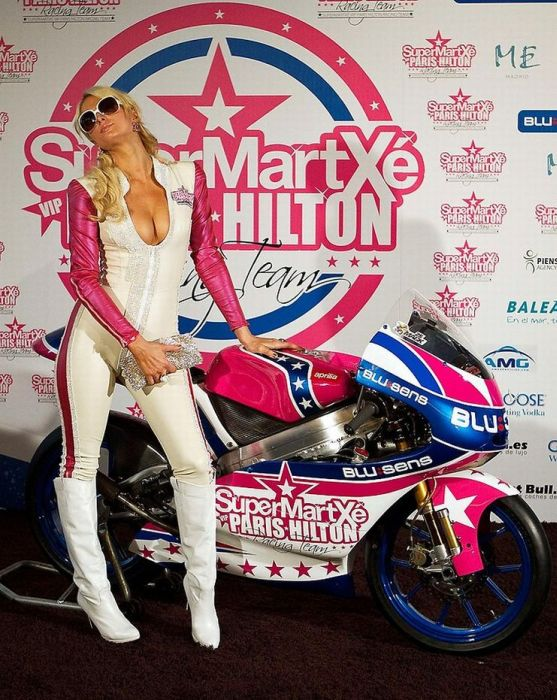 Paris Hilton Racing Team (10 pics)