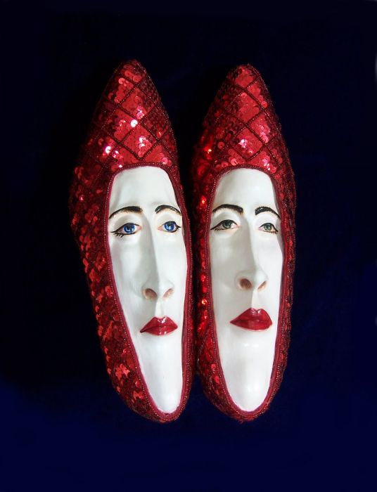 Shoes with Faces (37 pics)