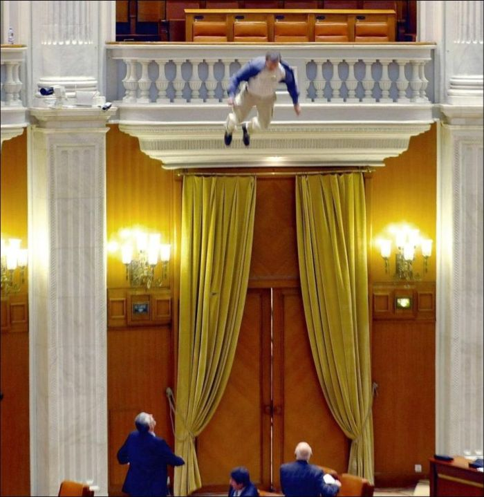 Man Jumps from Balcony of Romania's Parliament (7 pics + video)