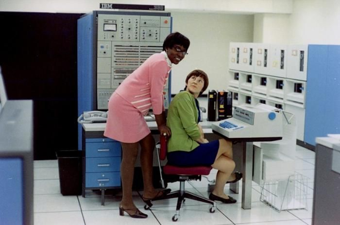 Bell Labs in the 1960's (29 pics)