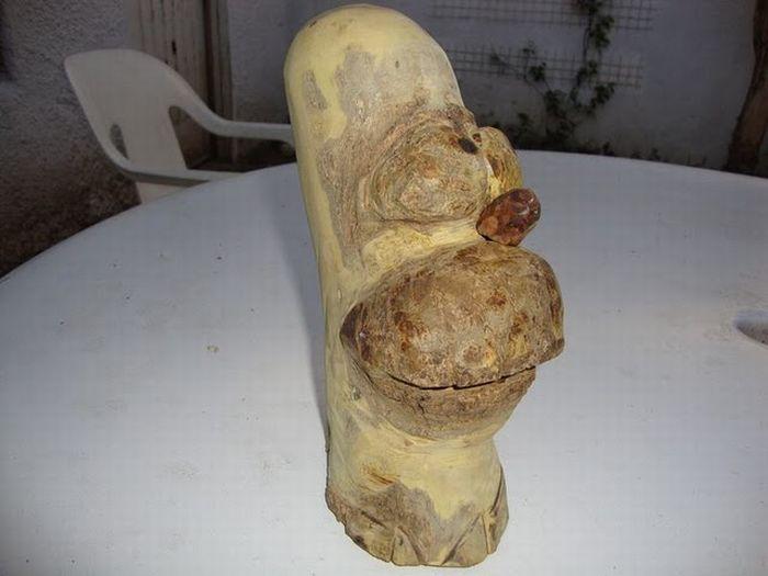 Wooden Homer Simpson (12 pics)