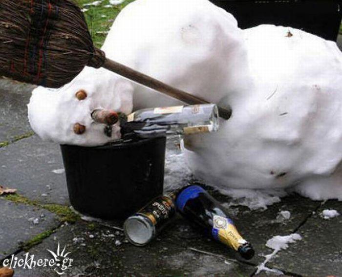 Drunk Snowmen (30 pics)