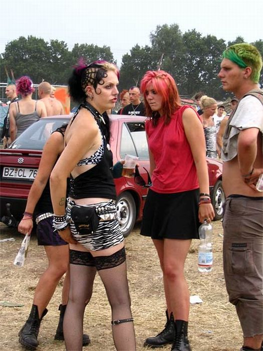 Punk Girls. Part 2 (93 pics)