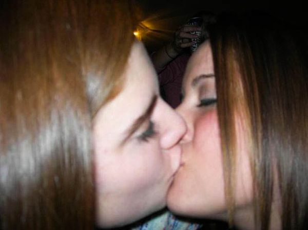 Girls Kissing at New Year Parties (91 pics)
