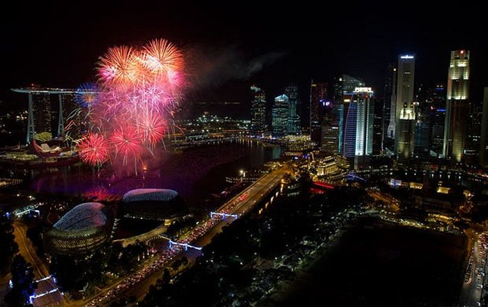 New Year Celebrations around the World (21 pics)