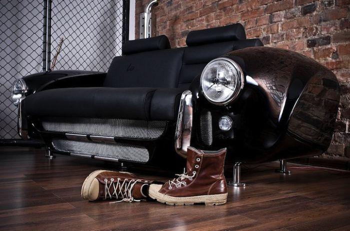 Classic Car Living Room (10 pics)