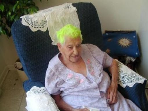 Grandmas Have Fun (19 pics)