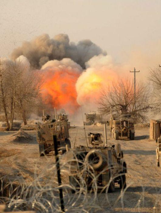 Explosions and Shots (16 pics)
