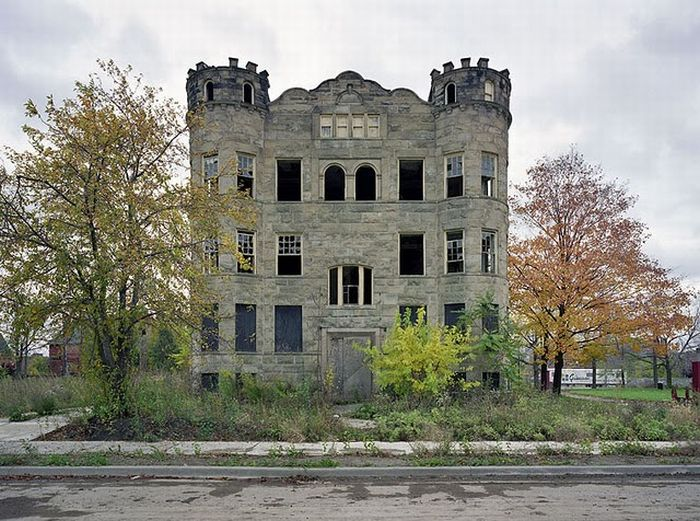 The Ruins of Detroit (25 pics)