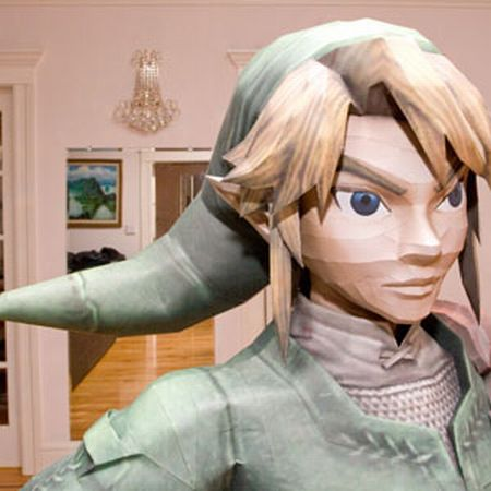 Life-Sized Papercraft of Link (17 pics)