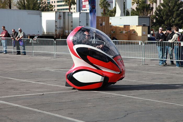 The EN-V – Is this the Car of the Future? (10 pics)