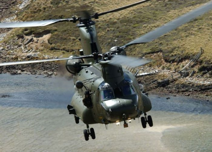 Awesome Helicopters CH-47 Chinook (21 pics)