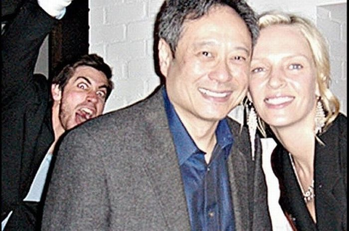 Celebrity Photobombs. Part 2 (24 pics)