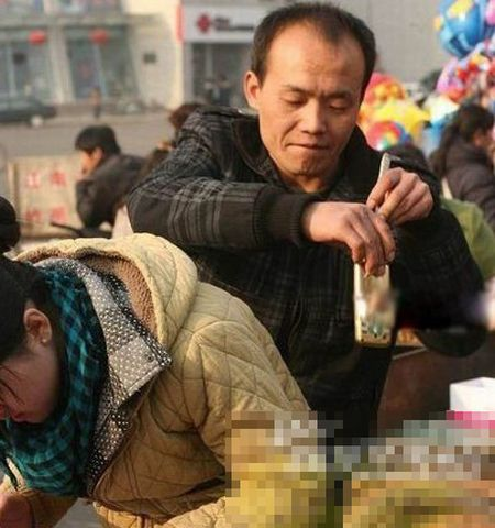 Chinese Pickpocket (8 pics)