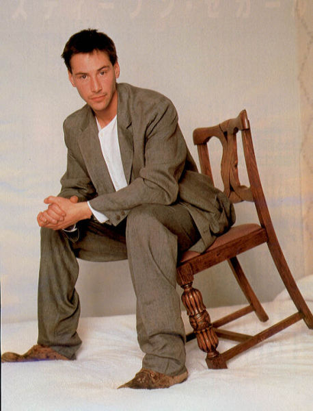Some Awkward Pictures of Keanu Reeves (17 pics)