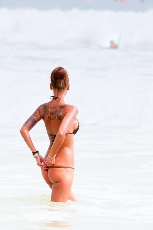 Tattoo Girl (6 pics)