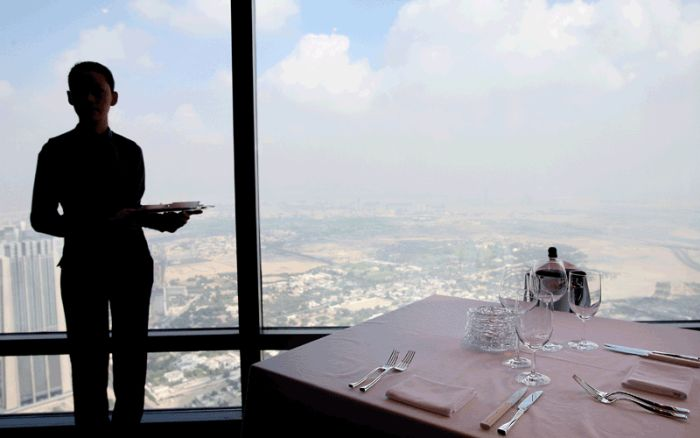The World's Highest Restaurant (19 pics)