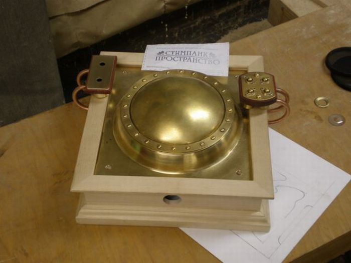 Amazing Handmade Steampunk CD Player (30 pics)