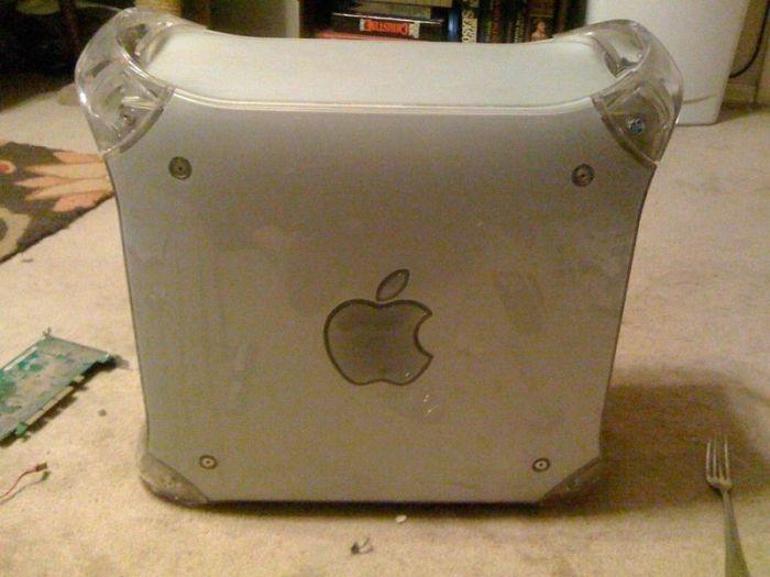 G4 Mac Wall Clock (21 pics)