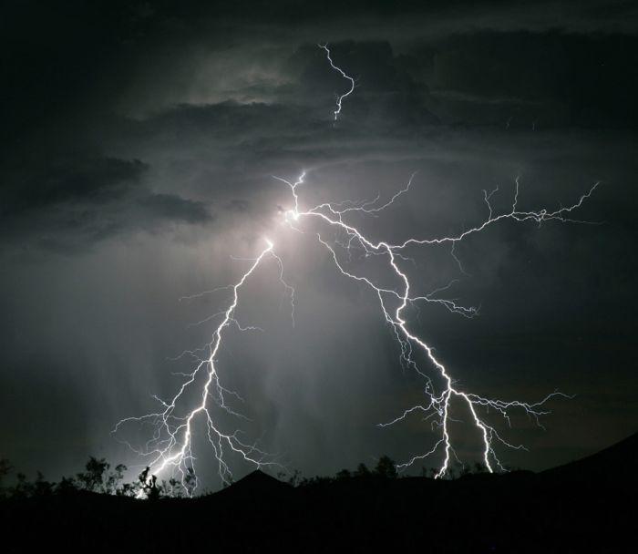 Amazing Photos of Lightnings (31 pics)