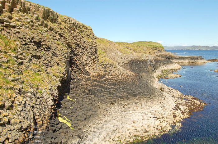 Incredible Pillar Island (16 pics)