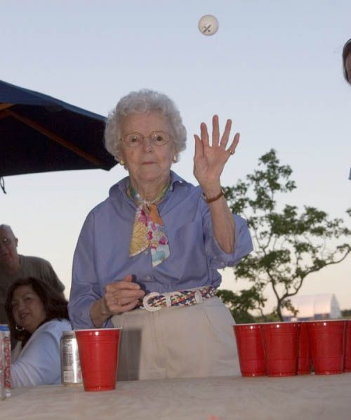 Grandmas Playing Beer Pong (22 pics)