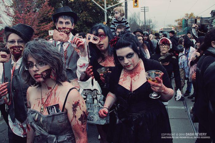 Toronto Zombie Walk (35 pics)
