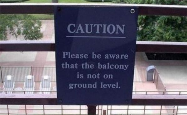 Signs Completely Devoid of Common Sense (23 pics)