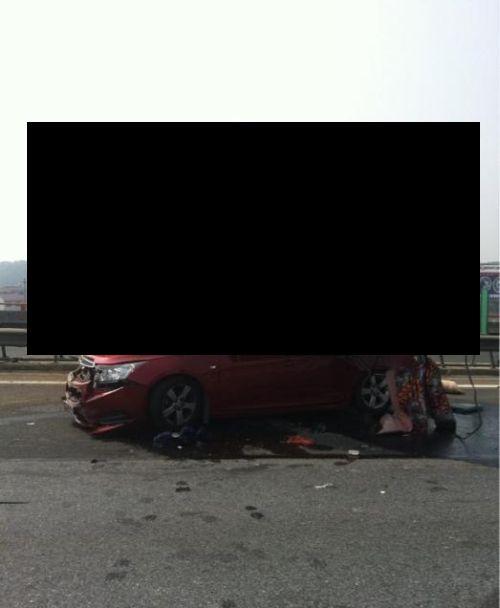 Terrible Crash (8 pics)