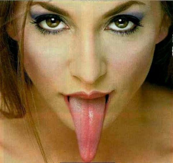 Long-Tongued Ladies (21 pics)