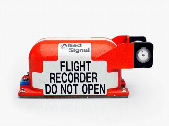 Flight Data Recorders (12 pics)