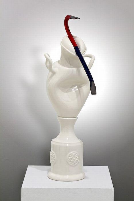 Cool Porcelain Statues (15 pics)